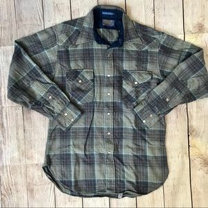 Pendelton Wool Pearl Snap Long Sleeve Plaid Shirt